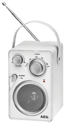 AEG MR4144 draagbare radio wit