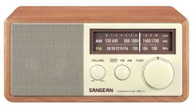 Sangean WR-11 bruin radio